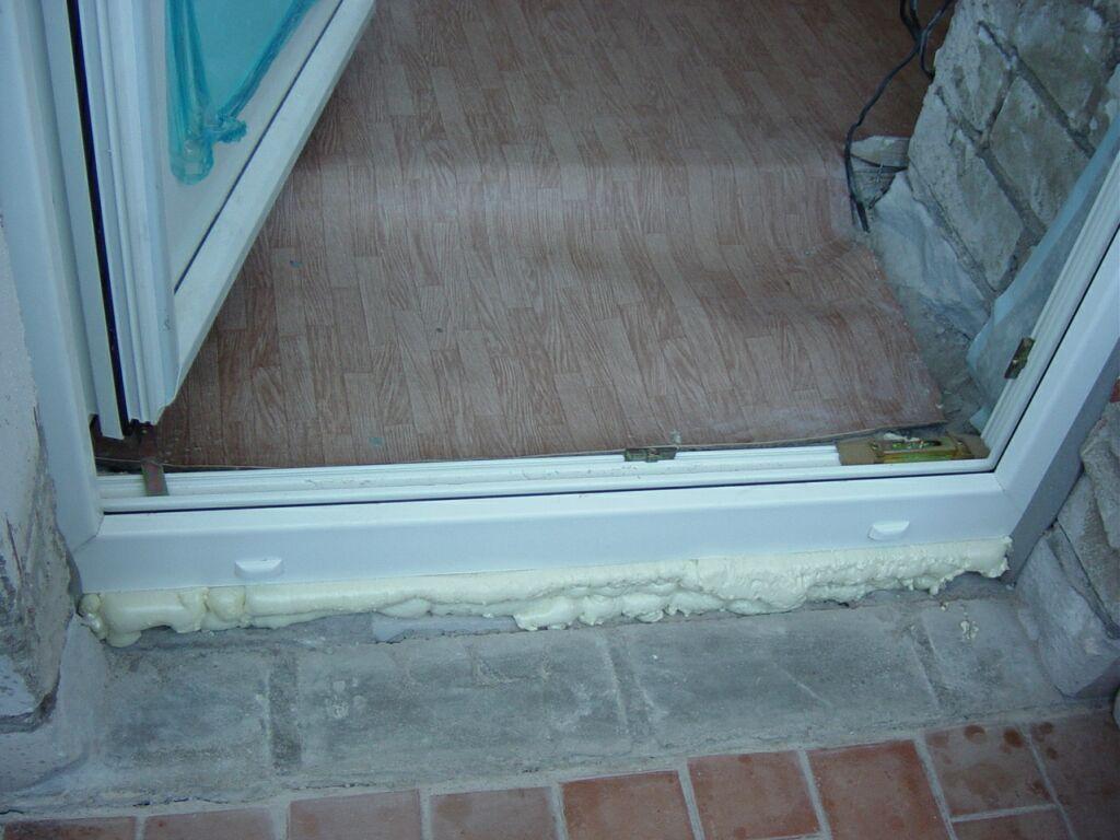 Установка балконных дверей своими руками 33